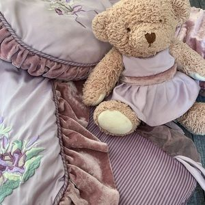 FAO Schwarz Giselle Collection Baby Bedding Set